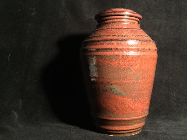 burial urn 3