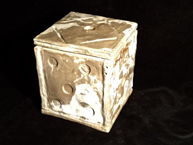 burial urn 9